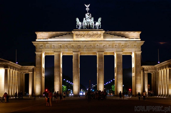 Brama Brandenburska - Berlin by night good?